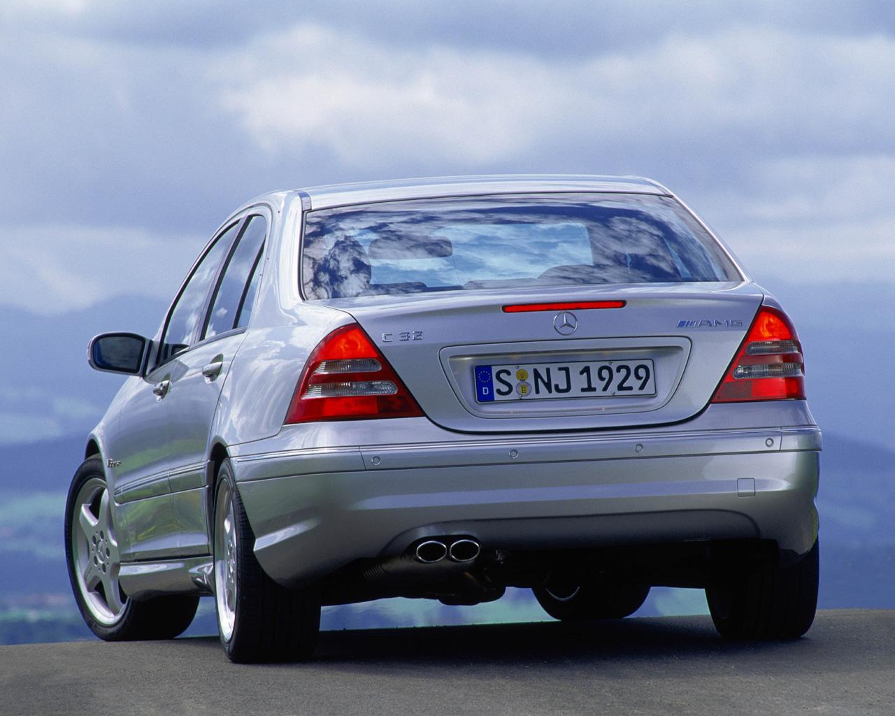 MercedesBenz CClass C320 C240  1280x1024 Wallpaper
