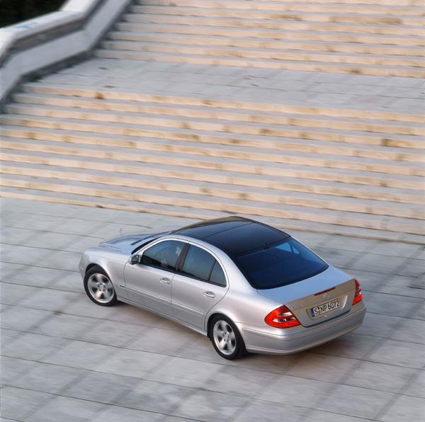 2003 Mercedes Benz E Class E500 E320 Pictures